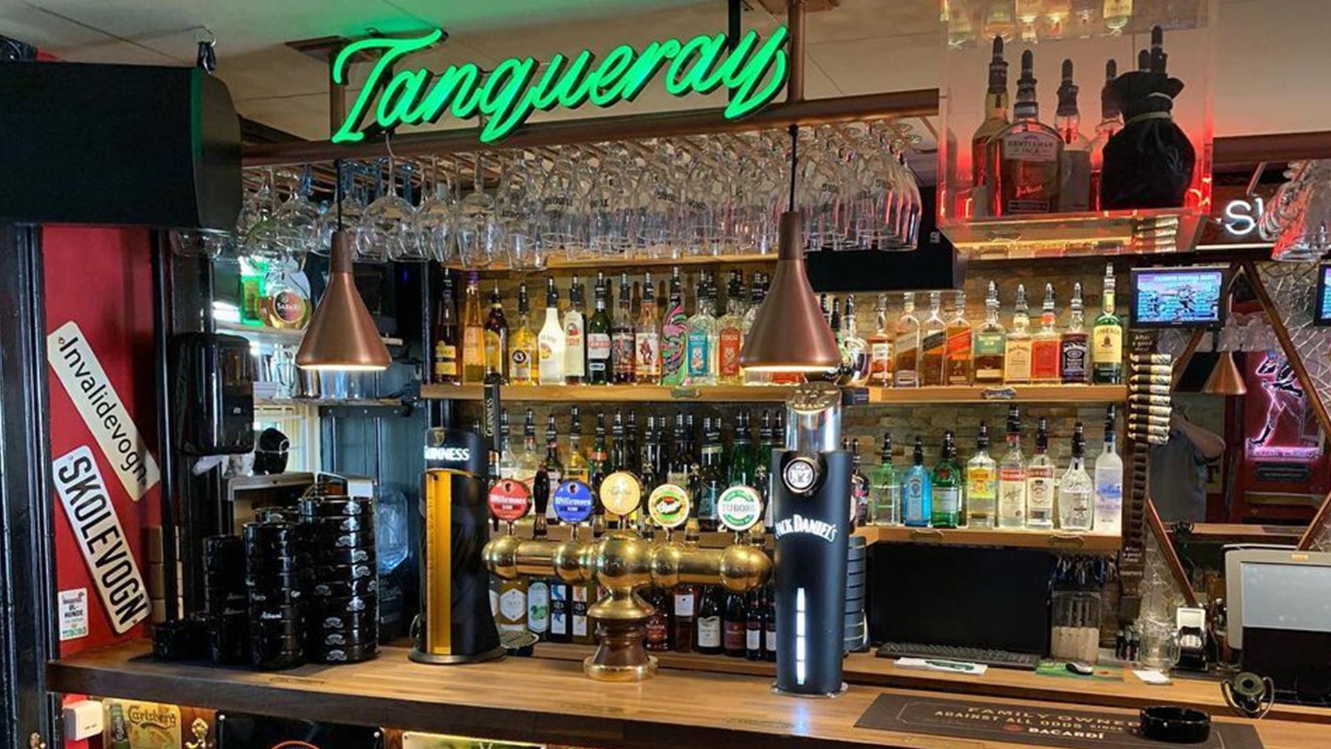 freddys bar drinks